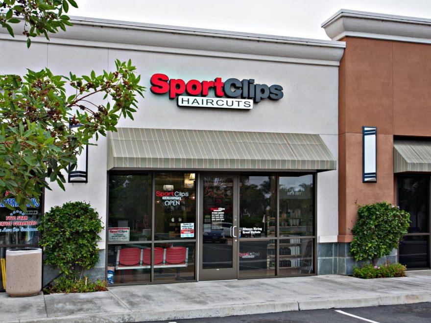 sport clip store